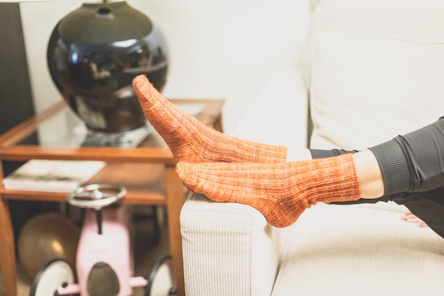 calcetines naranjas el costurero