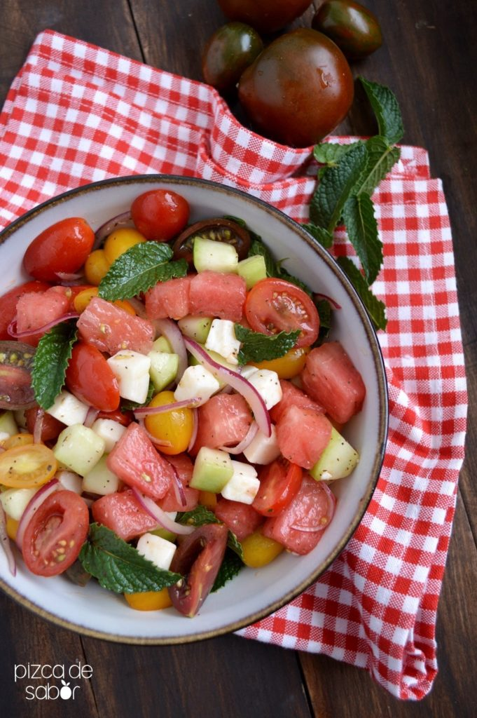 ensalada de sandía y tomate pizca de sabor