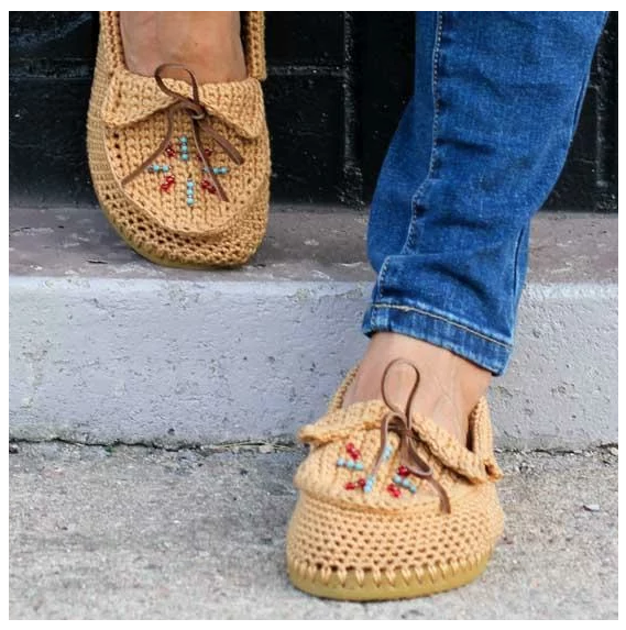 zapatillas Crochet Moccasins with Flip Flop Soles by lovecrafts