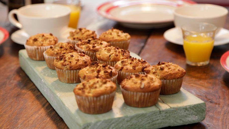 de pera y granola crujiente canal cocina